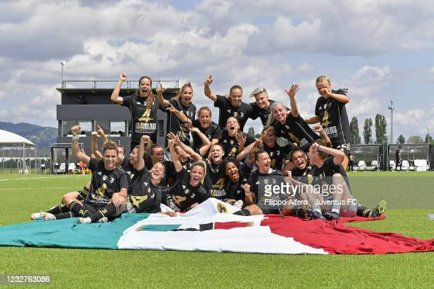 Juventus Women players celebrate winning their fourth consecutive Serie A title after the Women Serie A match between Juventus and SSC Napoli at...