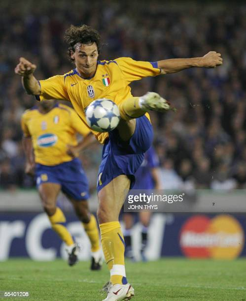 Juventus's Zlatan Ibrahimovic kicks the ball during the European football Champions League first round match vs Brugge 14 September 2005 in Brugge...