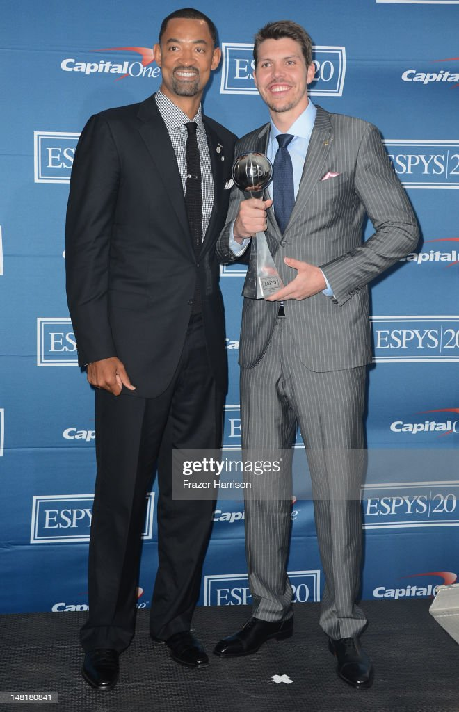 Juwan Howard and Mike Miller of the Miami Heat with award for Best Team posing in the press room during the 2012 ESPY Awards at Nokia Theatre L.A. Live on July 11, 2012 in Los Angeles, California.