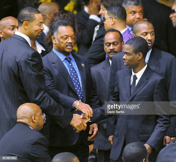 Juwan Howard Rev Jesse Jackson and Chris Rock at a memorial service for Bernie Mac at the The House of Hope Church on August 16 2008 in Chicago...