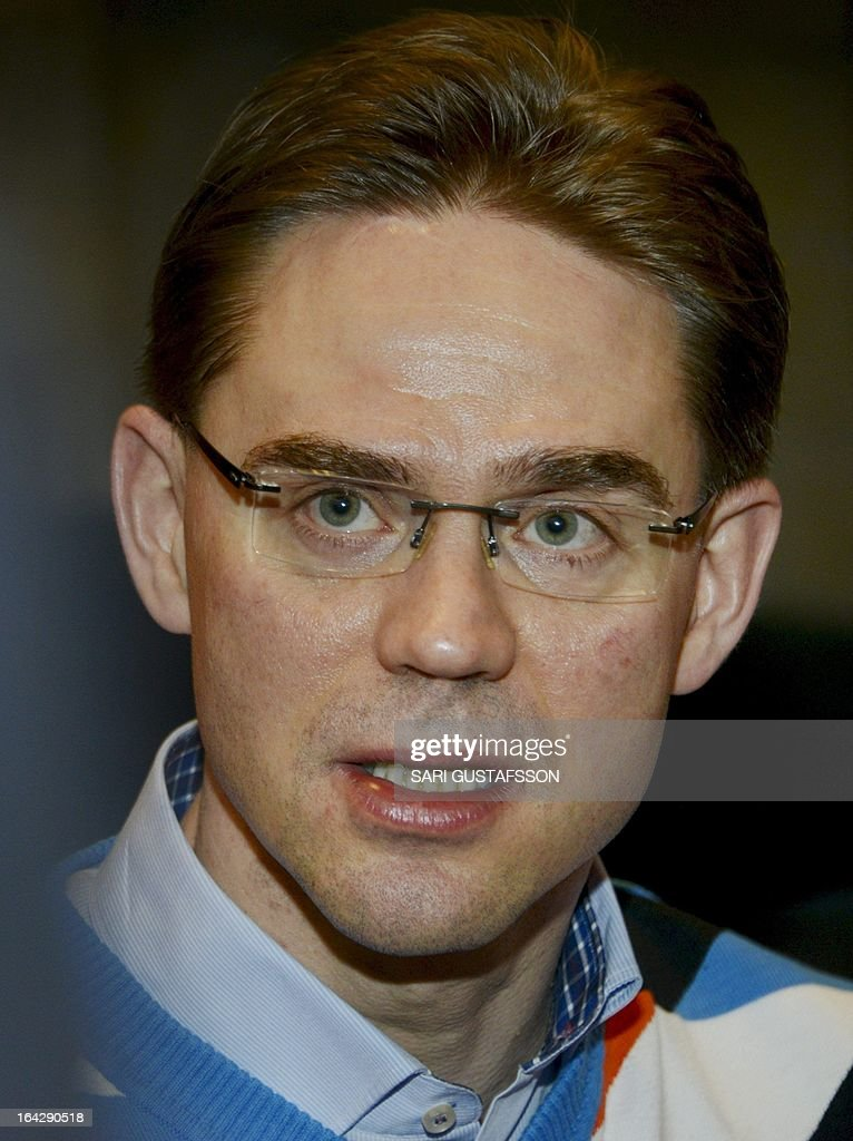 Jyrki Katainen, Finnish Prime Minister talks to the media in Saariselka resort in Inari in Finnish Lapland on March 22, 2013. The Lapland retreat meeting will discuss shifts in the global economy and ways to resolve the economic crisis in Europe. AFP PHOTO/ LEHTIKUVA / Sari Gustafsson FINLAND OUT