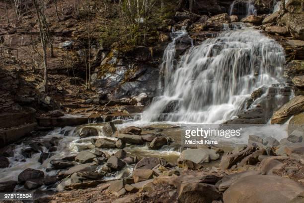 kaaterskill falls - brook mitchell foto e immagini stock