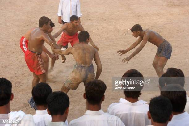 kabaddi - pakistan kabaddi stock pictures, royalty-free photos & images