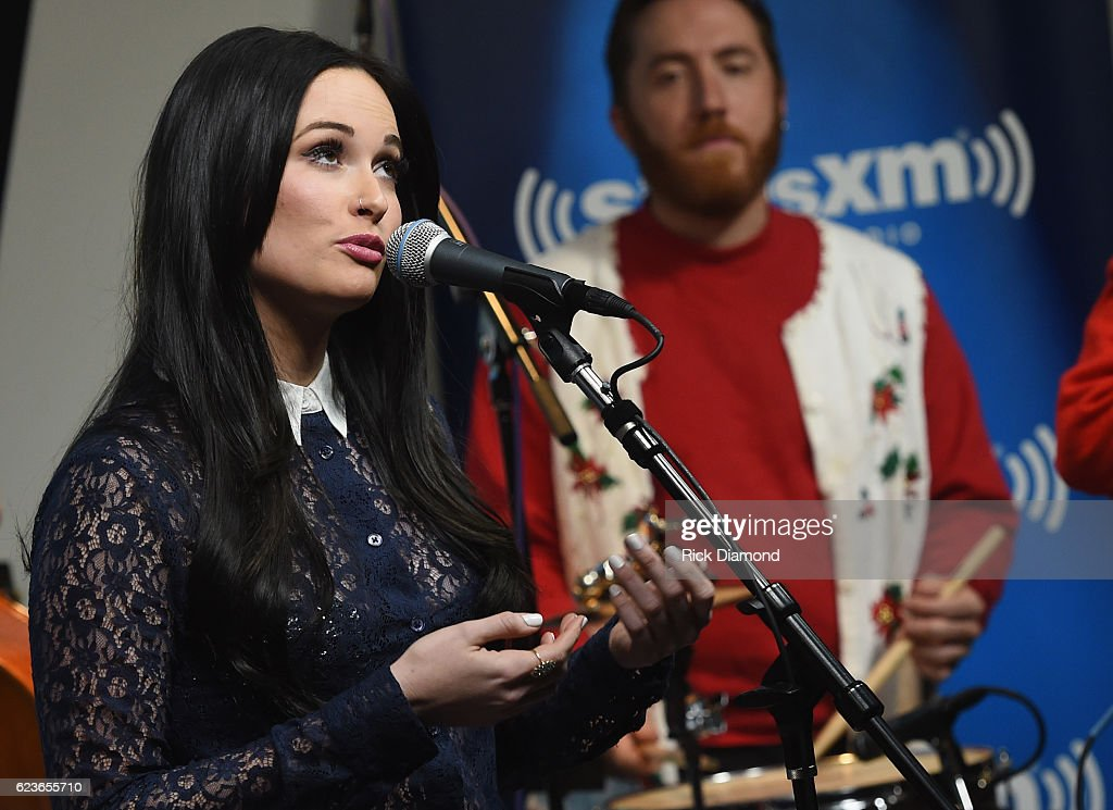 Kacey Musgraves perform songs from her Christmas album \'A Very Kacey ...