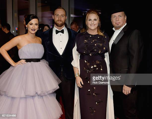 Kasey Musgraves Ruston Kelly Trisha Yearwood and Garth Brooks attend the 50th annual CMA Awards at the Bridgestone Arena on November 2 2016 in...