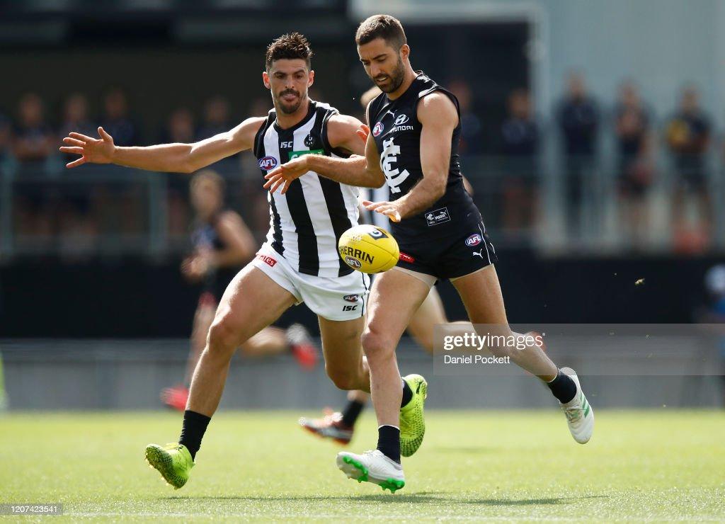 Carlton v Collingwood AFL Practice Match : News Photo
