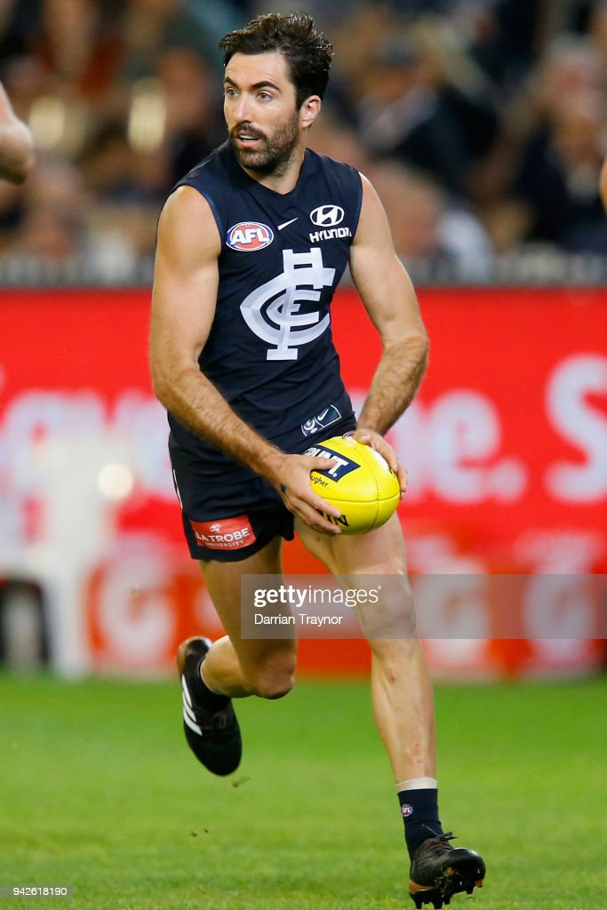 AFL Rd 3 - Carlton v Collingwood : News Photo