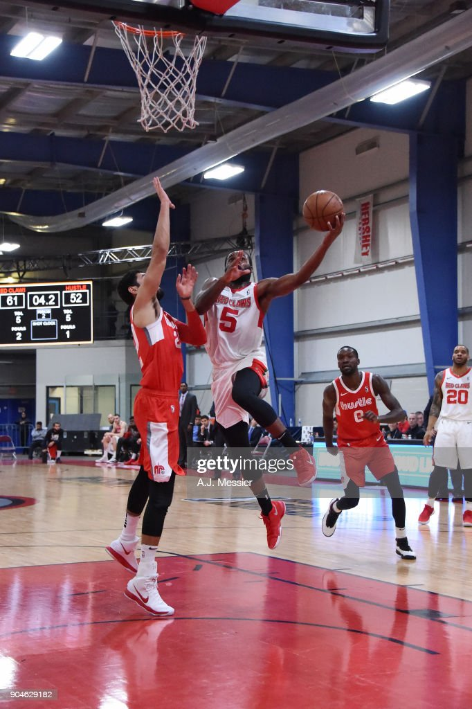 Kadeem Allen #5 of the Maine Red Claws handles the ball during the NBA G-League Showcase Game 25 between the Memphis Hustle and the Maine Red Claws on January 13, 2018 at the Mississauga SportZone in Mississauga, Ontario Canada.