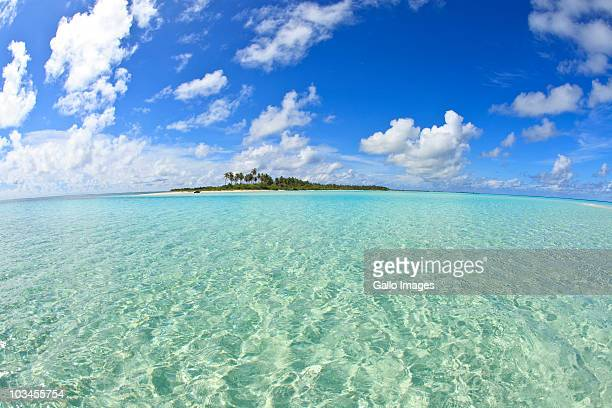 kadhoo island, laamu atoll, southern maldives, indian ocean - atoll stock pictures, royalty-free photos & images