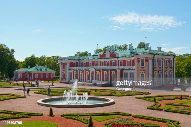 kadriorg palace in tallinn - tallinn stock pictures, royalty-free photos & images