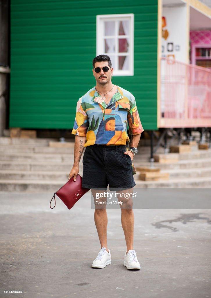 Street Style -Paris Fashion Week - Menswear Spring-Summer 2019 : Day Four : Photo d'actualité