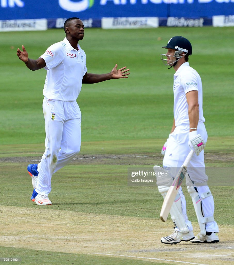 South Africa v England - Third Test: Day Two : News Photo