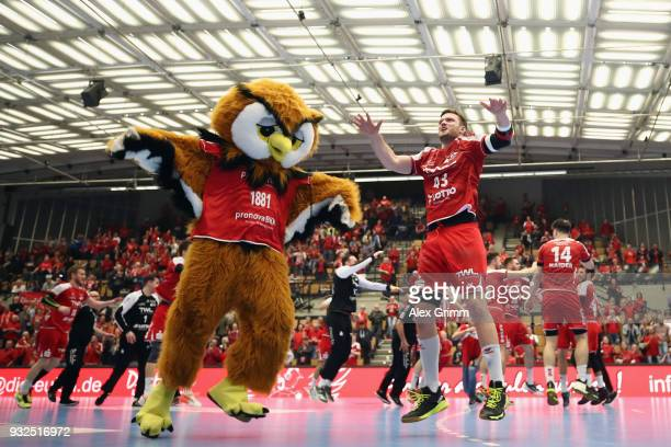 Kai Dippe of Ludwigshafen and team mates celebrate after the DKB HBL match between Die Eulen Ludwigshafen and HSG Wetzlar at FriedrichEbertHalle on...