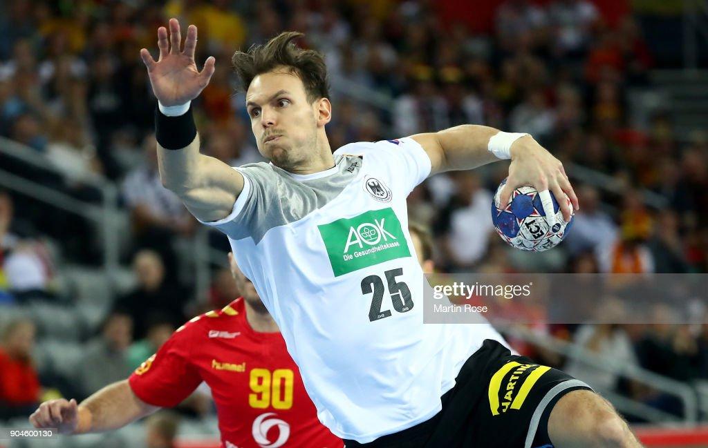 Germany v Montenegro - EHF Euro Croatia 2018 : ニュース写真