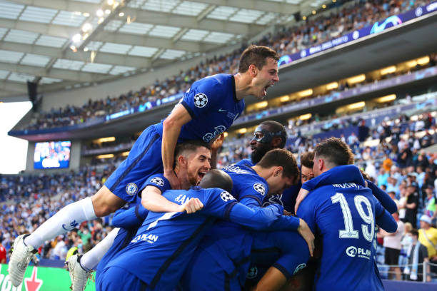 Kai Havertz of Chelsea celebrates with team mates after scoring their side's first goal during the UEFA Champions League Final between Manchester...