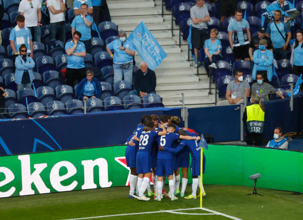 Kai Havertz of Chelsea celebrates with teammates after scoring their team's first goal during the UEFA Champions League Final between Manchester City...