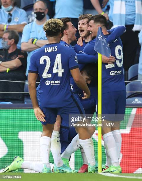 Kai Havertz of Chelsea celebrates with teammates Timo Werner, Mason Mount, Reece James and Ben Chilwell after scoring their team's first goal during...
