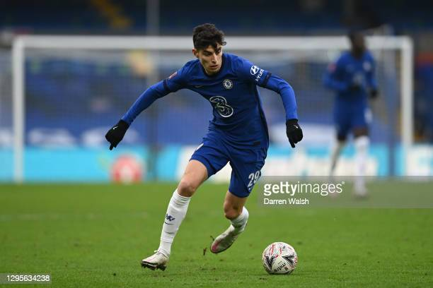 Kai Havertz of Chelsea runs with the ball during the FA Cup Third Round match between Chelsea and Morecambe at Stamford Bridge on January 10, 2021 in...