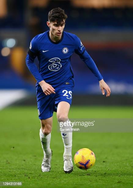 Kai Havertz of Chelsea runs with the ball during the Premier League match between Chelsea and Manchester City at Stamford Bridge on January 03, 2021...