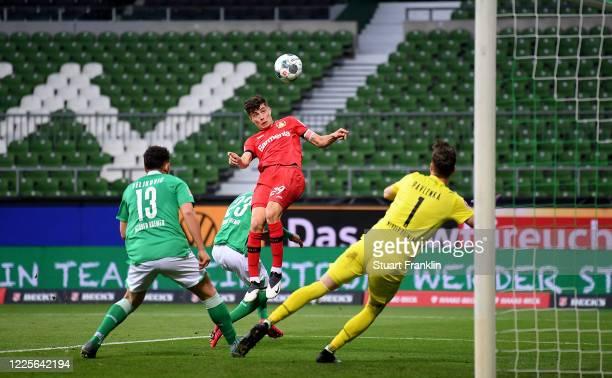 Kai Havertz of Leverkusen scores the opening goal during the Bundesliga match between SV Werder Bremen and Bayer 04 Leverkusen at Wohninvest...
