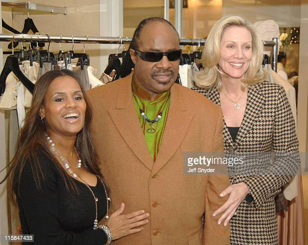 Kai Milla Stevie Wonder and Cynthia Steele Vance of Saks Jendel