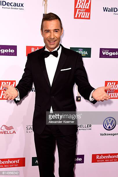 Kai Pflaume attends the red carpet at the 'Goldene Bild der Frau' award at Stage Theater on October 13 2016 in Hamburg Germany