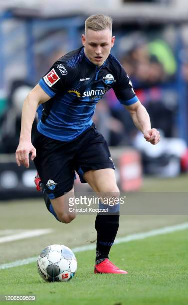 Kai Proeger of Paderborn runs with the ball during the Bundesliga match between SC Paderborn 07 and Hertha BSC at Benteler Arena on February 15 2020...