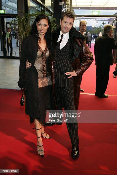 "Kai Wiesinger, Ehefrau Chantal de Freitas, ZDF-Gala ""Deutscher Fernsehpreis"", Köln, , ""Coloneum"", roter Teppich, P r e i s v e r l e i h u n g,..."