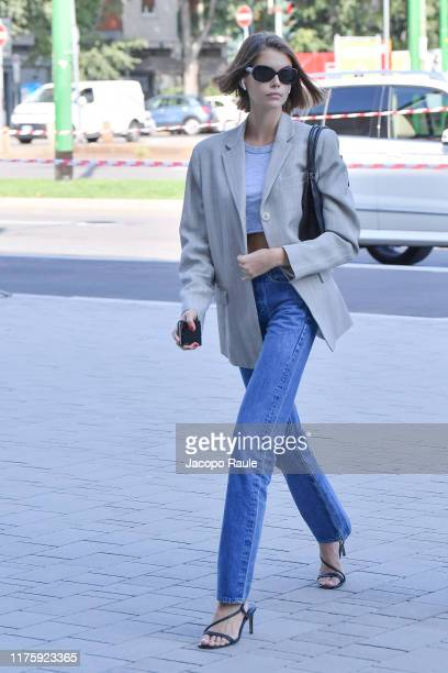 Kaia Gerber arrives before Versace show during the Milan Fashion Week Spring/Summer 2020 on September 20, 2019 in Milan, Italy.