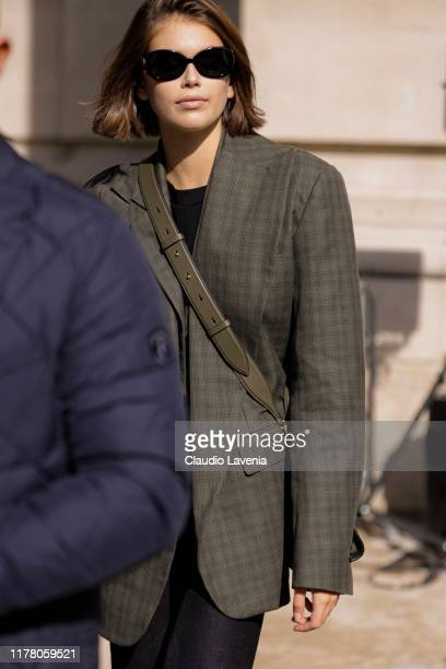 Kaia Gerber, is seen outside the Sacai show during Paris Fashion Week - Womenswear Spring Summer 2020 on September 30, 2019 in Paris, France.