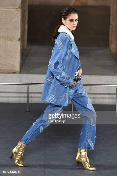 Kaia Gerber walks the runway at Chanel Metiers D'Art 2018/19 Show at The Metropolitan Museum of Art on December 04 2018 in New York City
