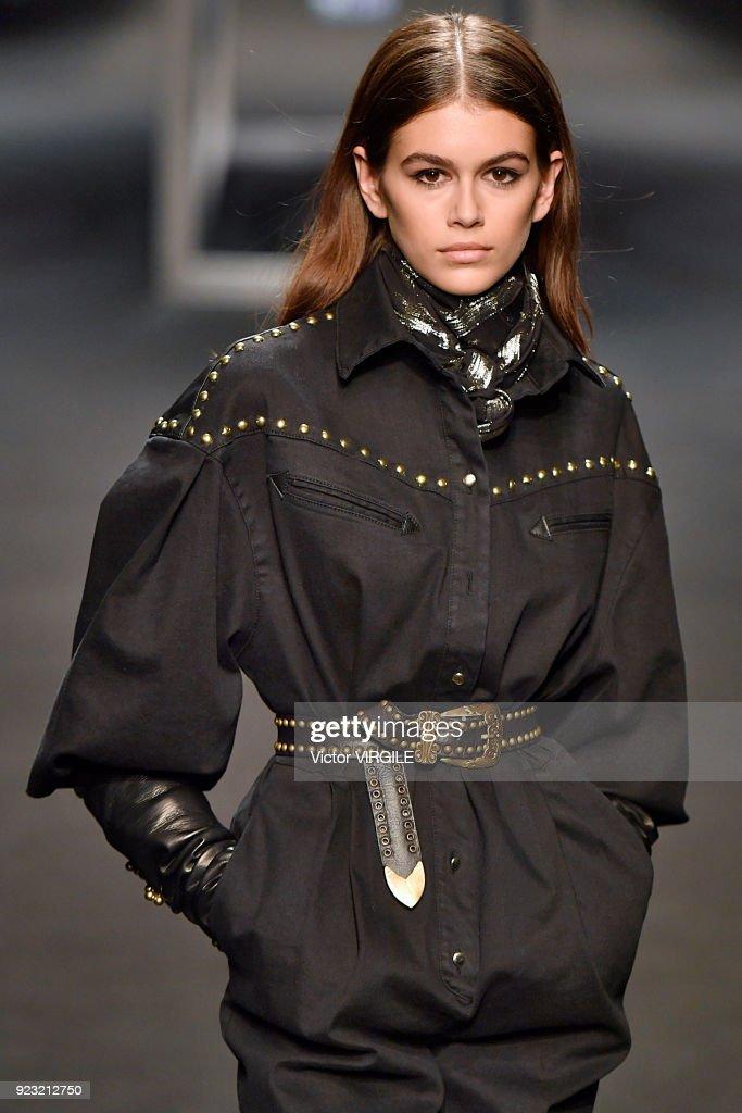 Alberta Ferretti - Runway - Milan Fashion Week Fall/Winter 2018/19 : Nieuwsfoto's