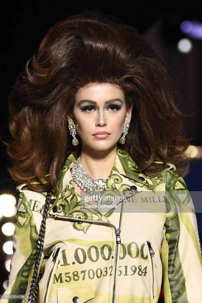 ITA: Moschino - Runway: Milan Fashion Week Autumn/Winter 2019/20