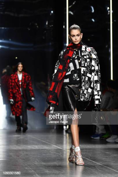 Kaia Gerber walks the runway at the Versace show during Milan Menswear Fashion Week Autumn/Winter 2019/20 on January 12 2019 in Milan Italy