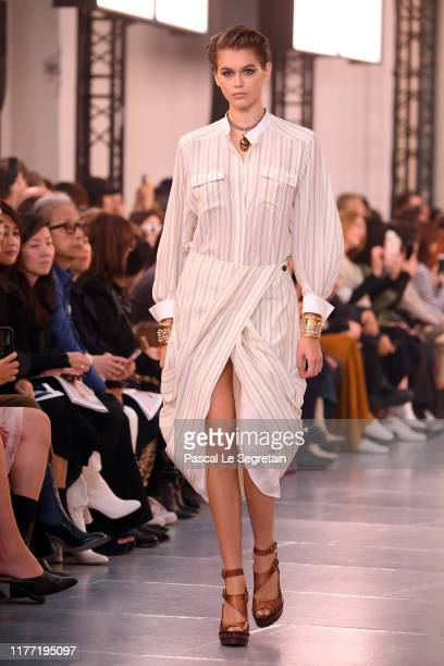 Kaia Gerber walks the runway during the Chloe Womenswear Spring/Summer 2020 show as part of Paris Fashion Week on September 26, 2019 in Paris, France.