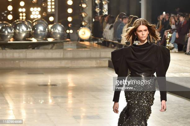 Kaia Gerber walks the runway during the Isabel Marant show as part of the Paris Fashion Week Womenswear Fall/Winter 2019/2020 on February 28, 2019 in...