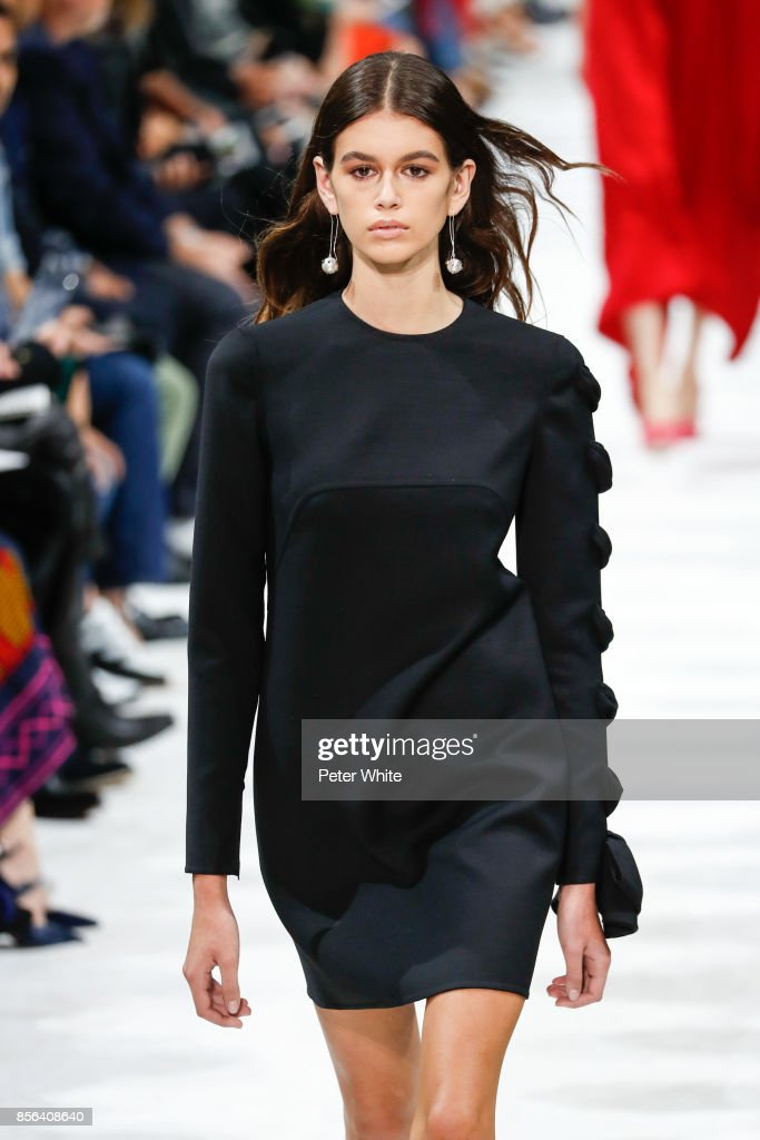 Kaia Gerber walks the runway during the Valentino show as part of the Paris Fashion Week Womenswear Spring/Summer 2018 on October 1, 2017 in Paris, France.
