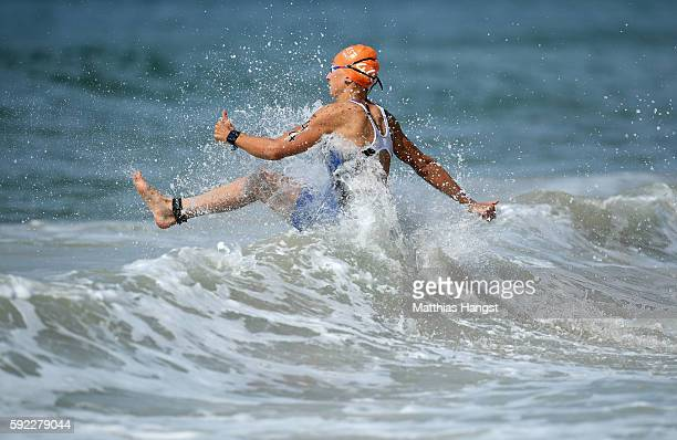 Kaidi Kivioja of Estonia warms up prior to the Women's Triathalon on Day 15 of the Rio 2016 Olympic Games at Fort Copacabana on August 20 2016 in Rio...