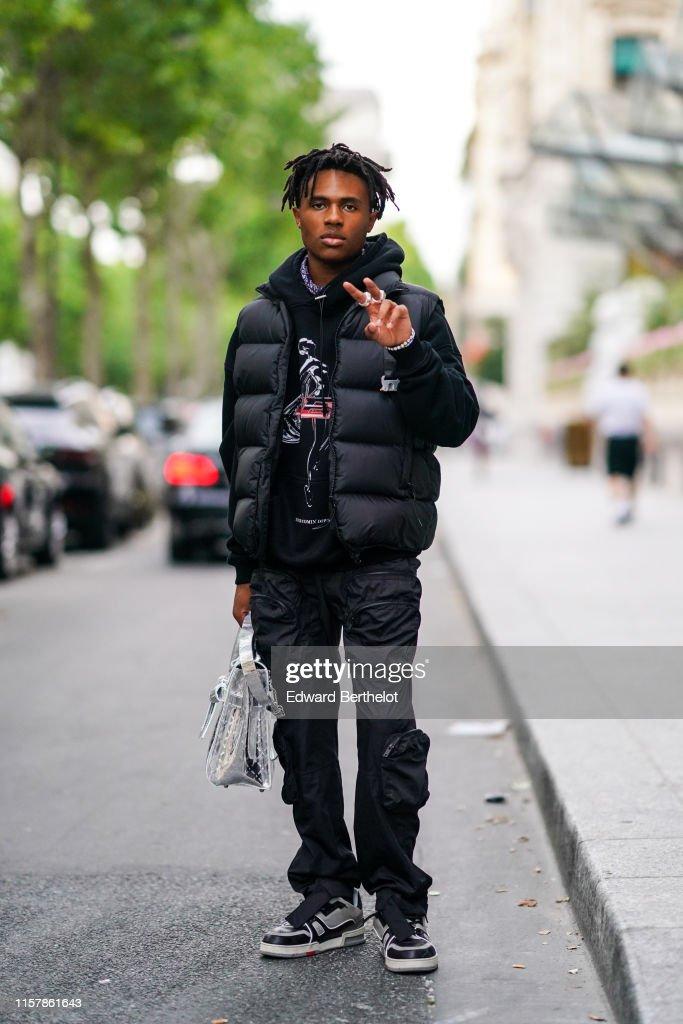 Celebrity Sightings : Paris Fashion Week - Menswear Spring/Summer 2020 : Day Six : News Photo