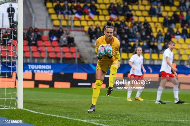 Kailen SHERIDAN of Canada during the Tournoi de France International Women's soccer match between France and Canada on March 4 2020 in Calais France