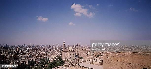 Blick über die Stadt von derZitadelle Sultan Hassan und RifaiMoschee 1994