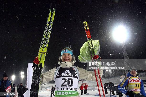 Kaisa Maekaeraeinen of Finland celebrates her victory in the women's sprint during the IBU Biathlon World Cup on December 03, 2010 in Ostersund,...