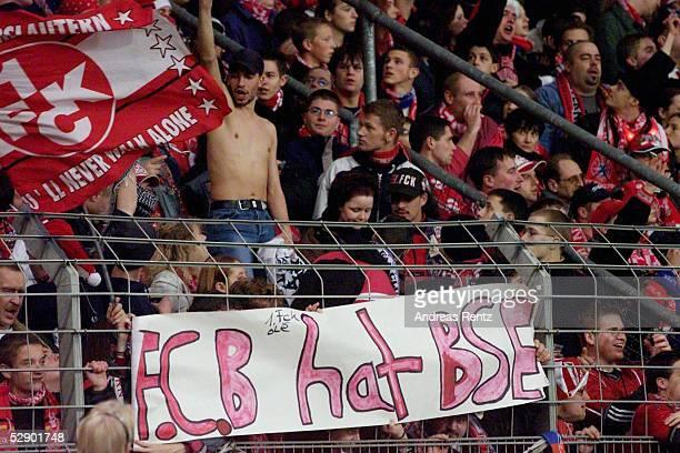 BUNDESLIGA 00/01 Kaiserslautern 1 FC KAISERSLAUTERN FC BAYERN MUENCHEN 00 KAISERSLAUTERN FANS mit 'BSE' TRANSPARENT