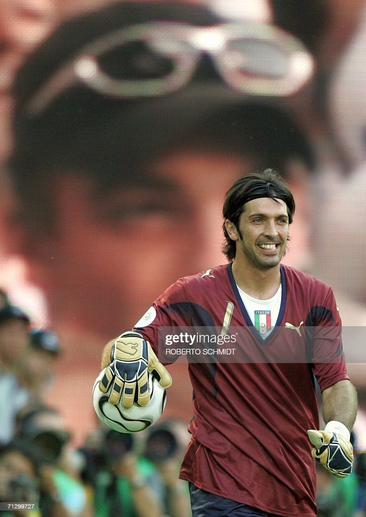 Italian goalkeeper Gianluigi Buffon handles the ball during the round of 16 World Cup football match between Italy and Australia at Kaiserslautern's Fritz-Walter Stadium, 26 June 2006. Italy won the match 1-0 when a penalty kick was converted by Italian midfielder Francesco Totti at the end of the game.