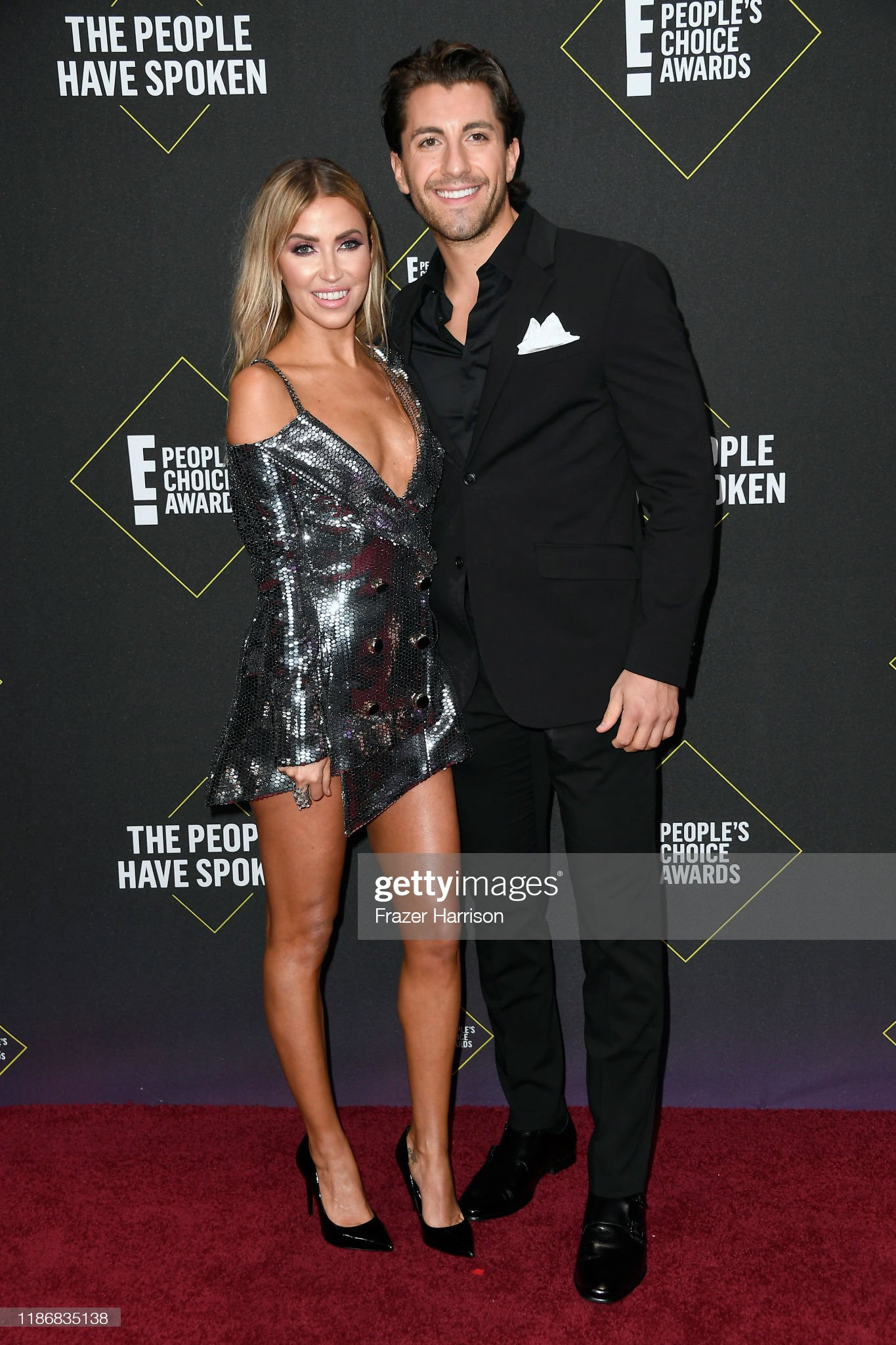 Kaitlyn Bristowe - Jason Tartick - FAN Forum - Discussion  - Page 45 Kaitlyn-bristowe-and-jason-tartick-attend-the-2019-e-peoples-choice-picture-id1186835138?s=2048x2048