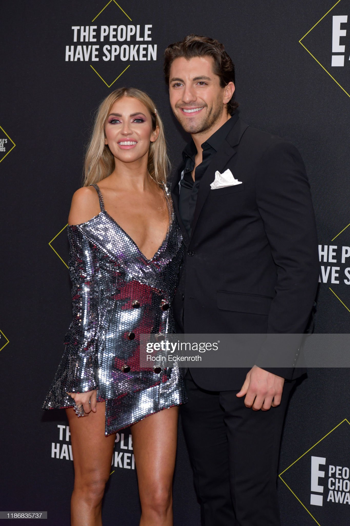 Kaitlyn Bristowe - Jason Tartick - FAN Forum - Discussion  - Page 45 Kaitlyn-bristowe-and-jason-tartick-attend-the-2019-e-peoples-choice-picture-id1186835737?s=2048x2048