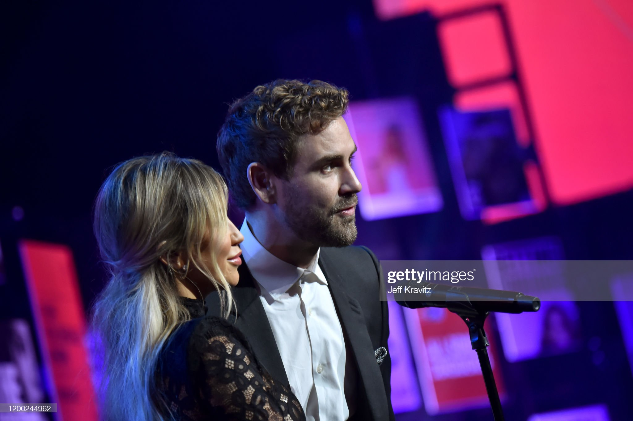 Kaitlyn Bristowe - Jason Tartick - FAN Forum - Discussion  - Page 51 Kaitlyn-bristowe-and-nick-viall-speak-onstage-at-the-2020-iheartradio-picture-id1200244962?s=2048x2048