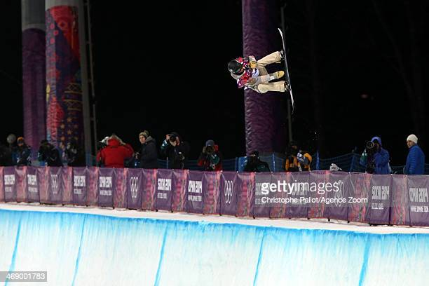 Kaitlyn Farrington of USA wins the gold medal during the Snowboarding Women's Halfpipe at the Rosa Khutor Extreme Park on February 12 2014 in Sochi...