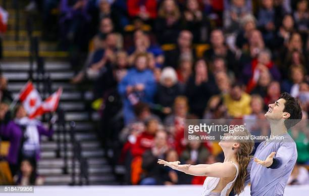 Kaitlyn Weaver and Andrew Poje of Canada compete during Day 4 of the ISU World Figure Skating Championships 2016 at TD Garden on March 31 2016 in...