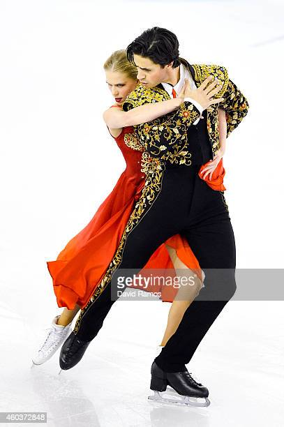 Kaitlyn Weaver and Andrew Poje of Canada compete in the Ice Dance Short Dance Final during day two of the ISU Grand Prix of Figure Skating Final...